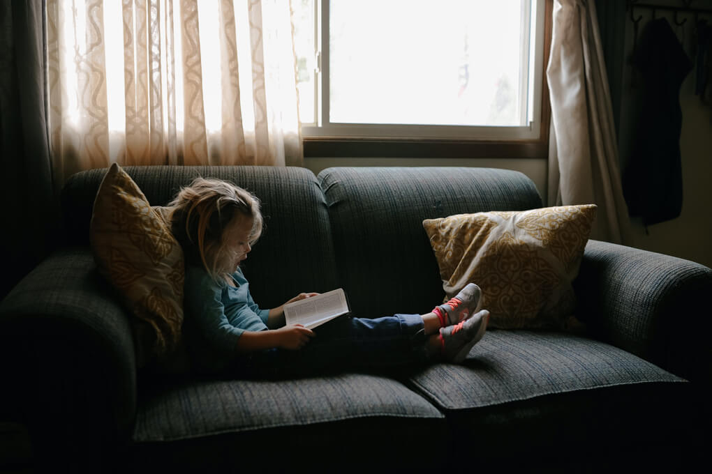 Little girl reading after getting help for dyslexia with dyslexia testing near Thousand Oaks, Ca