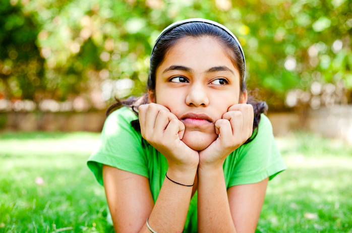 Teen girl in need of therapy in Simi Valley, Ca for panic attack and social anxiety disorder 93063