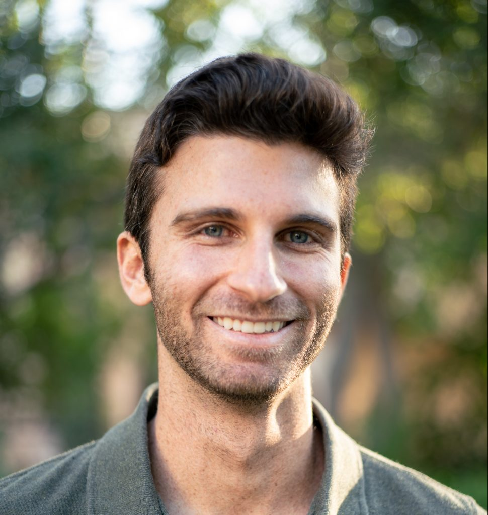 male therapist in Thousand Oaks, ca, 91320 for in person anxiety therapy and depression counseling