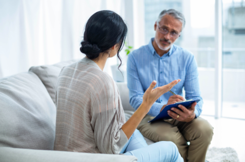male therapist in Thousand Oaks, ca, 91320 offering in person therapy sessions