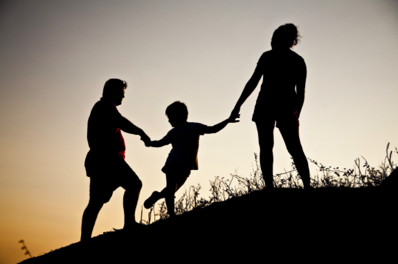 family spending quality time after family therapy session near Thousand Oaks,ca, 91320