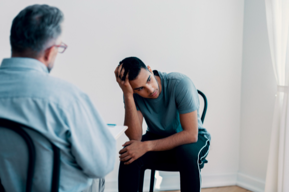 male therapist holding in person sessions for depression and anxiety near Thousand Oaks, ca, 91320