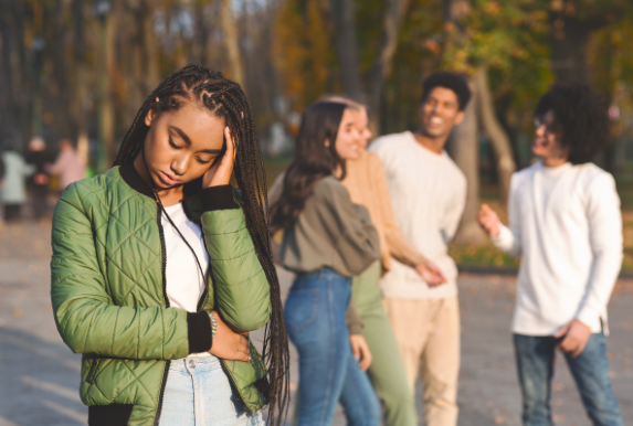 4 Ways to Help Your Teen With Teenage Angst