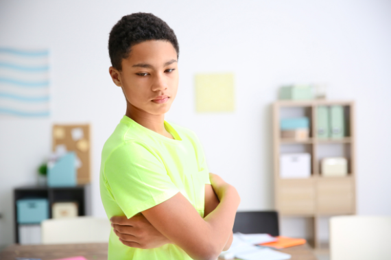 teen anxious about life and needs online teen therapy near Thousand Oaks, ca, 91320