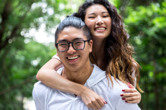 couple smiling after online couples therapy near Simi Valley, ca, 93063