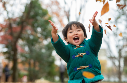 child feeling good after learning disability test and child therapy in Simi Valley, ca,93065