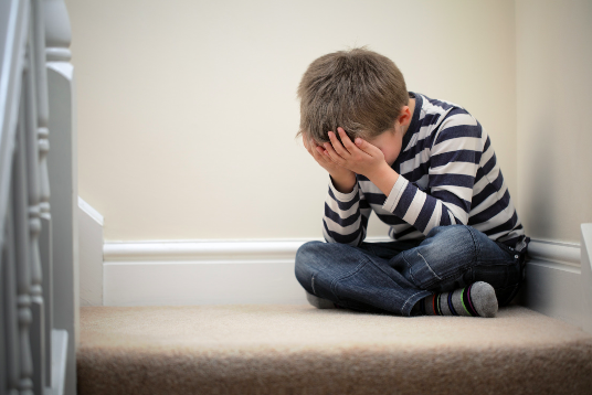 child crying and tantrumming needing child psychologist for child therapy in Simi Valley, ca, 93065
