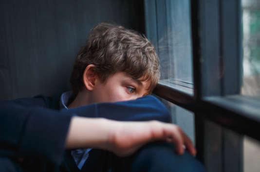 teen suffering from depression needing teen therapist for depression and anxiety therapy in Simi Valley, ca, 93063