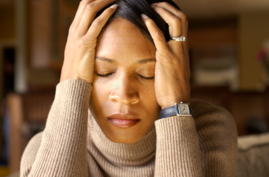 woman feeling overwhelmed and stressed needing online anxiety therapy or in person anxiety counseling near Simi Valley, ca, 93063