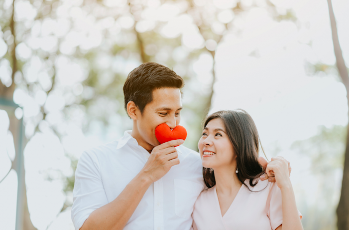 couple seeking guidance on communication issues with couples therapist in Simi Valley, ca, 93065